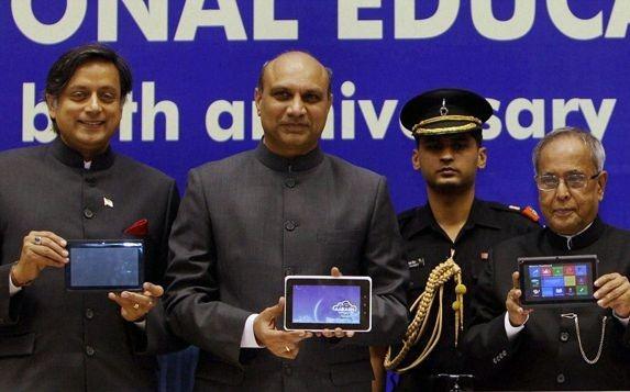 インド政府、低価格タブレット「Aakash 2」を発表 / 価格は約1,640円