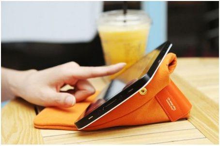 Nexus 7 の外出用にスタンド兼ソフトケース「Stand pouch」が便利そう、、、