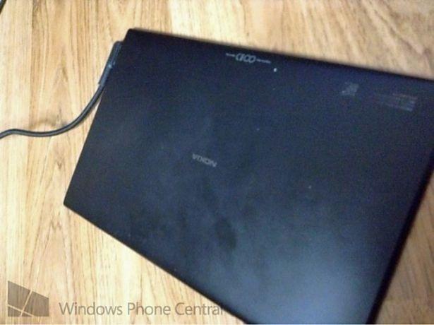 Nokia製Windows RT搭載タブレット、プロトタイプ画像が流出か