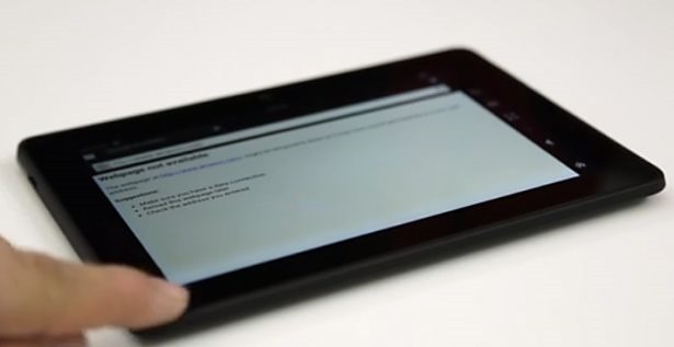 Kindle Fire HDXのディスプレイ端に不具合か:動画レポート