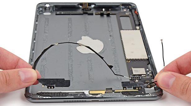 『iPad mini Retina』が分解されパーツが明らかに―iFixit