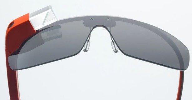 Glass Explorer EditionがGoogle Playに登場、英国から£1000で販売開始―公式スペック情報