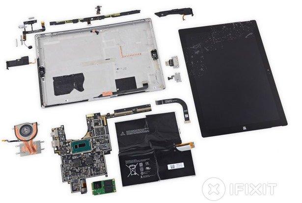 Surface Pro 3を分解されパーツが明らかに