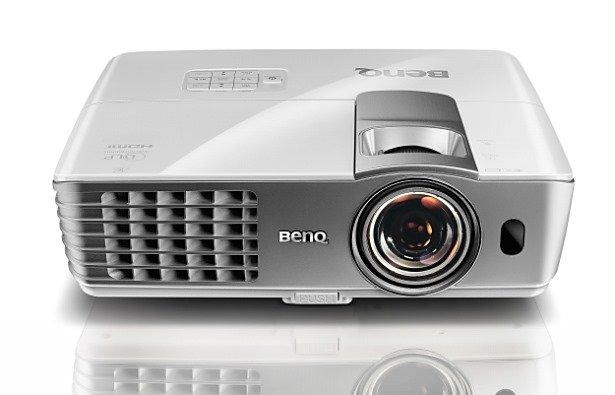 Chromecast/ゲーム用プロジェクター探し 4選―大画面なGoogle TVを目指す