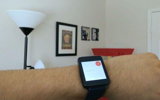 未来感!スマートウォッチで家電の電源操作をする動画(Android Wear)―照明やテレビ、パソコンほか