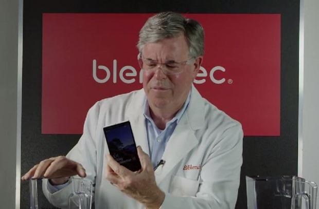Blendtec-iPhone-6-Plus.2