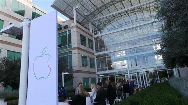 ライブ中継:Apple、新型iPadシリーズの発表イベント開催