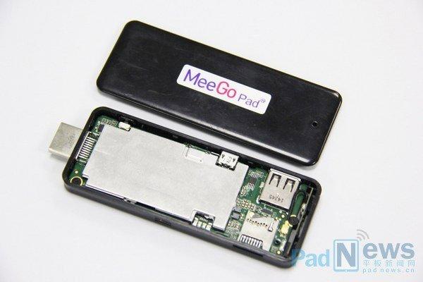 MeeGoPad製Atom搭載スティック型PCの試作機画像が公開、11月中旬より量産へ
