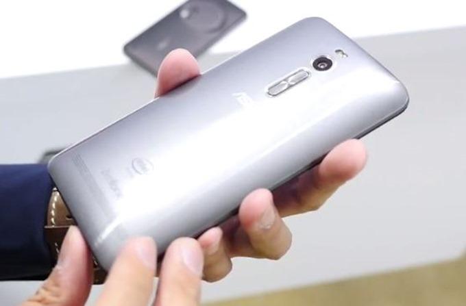 ASUS-ZenFone-2-Handson.02