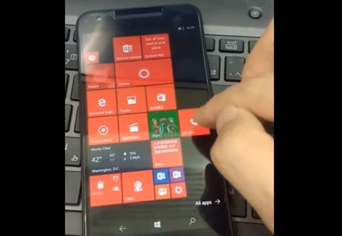 Nexus5x-Running-Windows-10-mobile