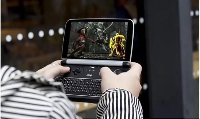 GPD-WIN2-Play.01