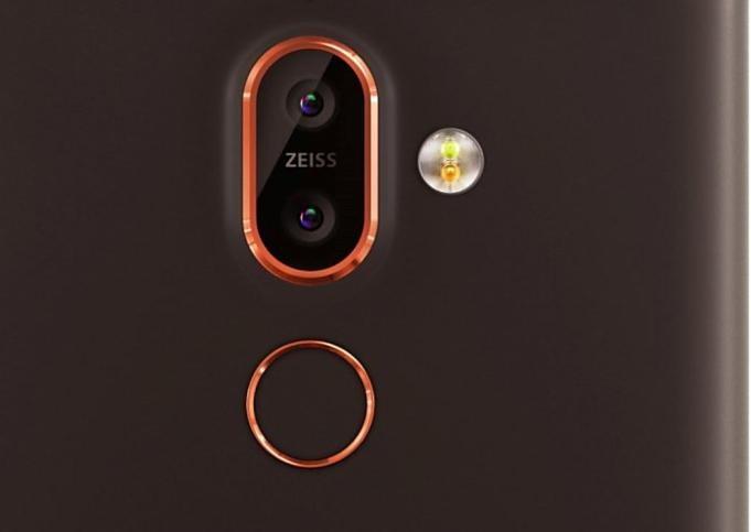 Nokia-7-Plus-Leaks-20180216.01
