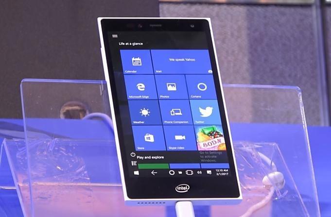 Intel-Pocket-PC-2018.1