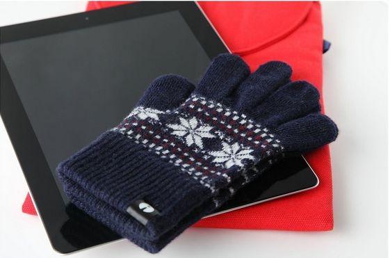 iOS / Android タッチ対応の 手袋 / グローブ 4選(評判・レビュー・価格から比較)