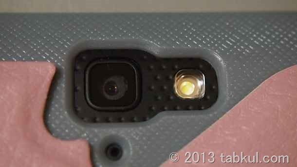 Nexus 10 レビュー 05 | カバーケースを装着、カメラやコネクタ部分を拡大して撮影する