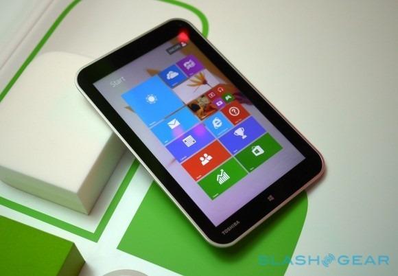 東芝8インチWindows8.1タブレット『Encore』はmicroUSB充電か―ハンズオン動画