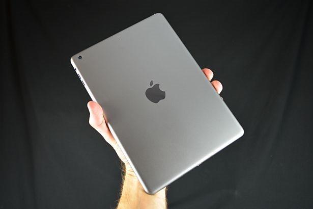 ドコモ、新型iPadの年内販売を目指す―日刊工業新聞
