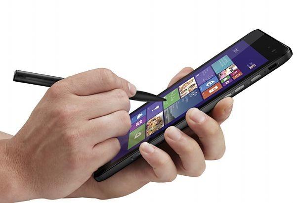 10/18発売予定、8インチWindowsタブレット『DELL Venue 8 Pro』の動画や販売ページなど