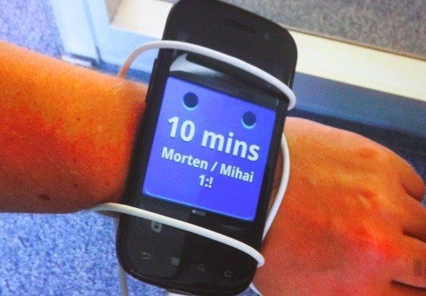Android Wearの初期プロトタイプが大きいと話題に