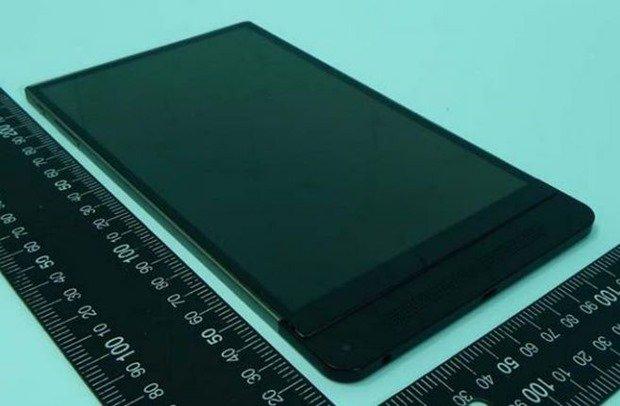3Dカメラ搭載「Dell Venue 8 7000 Series」がFCC通過―分解画像ほか