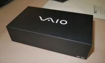 VAIO製スマートフォンの化粧箱が公開、2月に発売予定