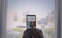 BlackBerry KEY2のハンズオン動画、KEYoneからスタイリッシュに進化「素晴らしい」と評価