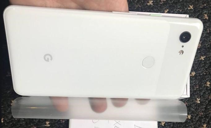 Pixel-3-XL-unboxing-leaks.02