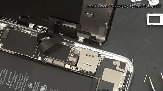 iPhoneXR-DualSIM