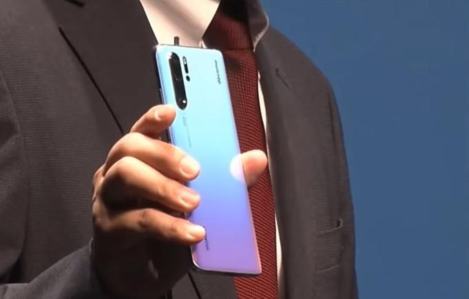 Huawei-P30-event-201905