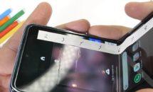 Galaxy Z Flipの畳めるガラスに問題か、爪でキズ